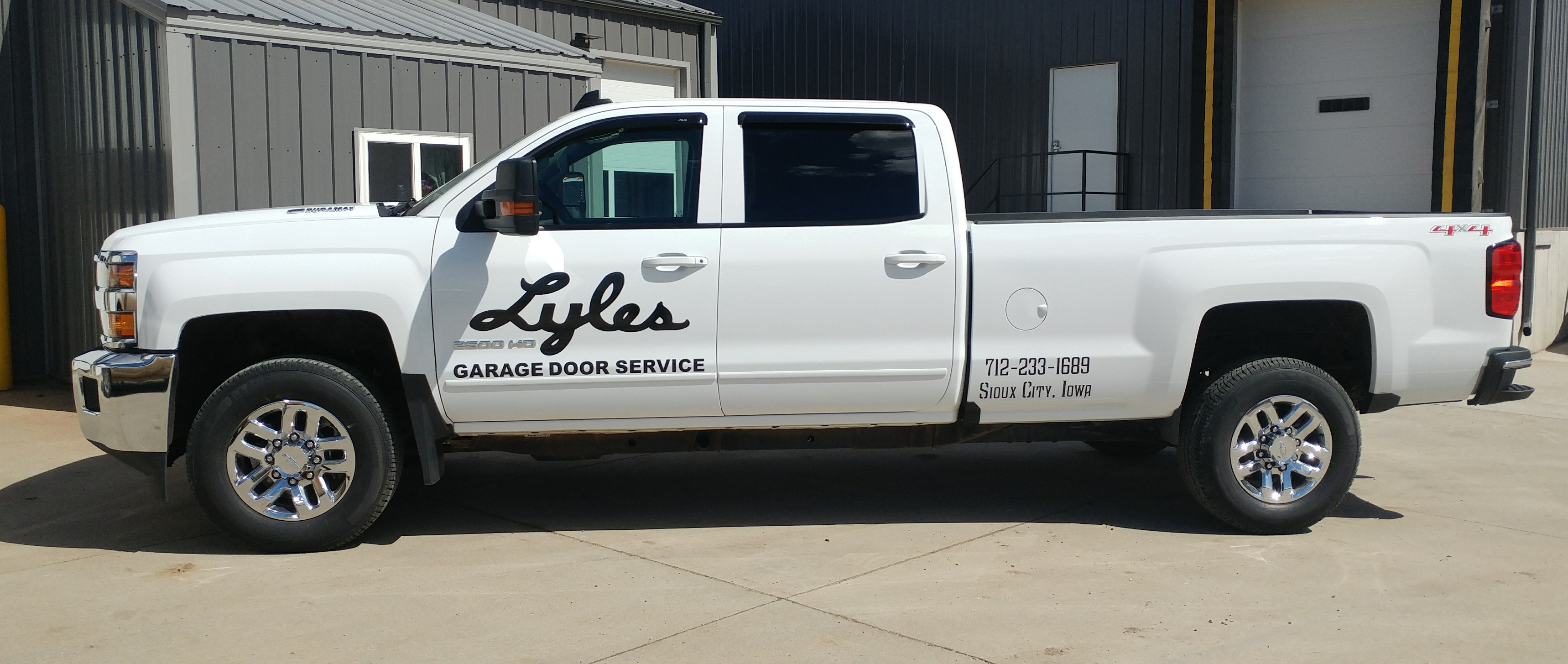 Lyleu0027s Garage Door Service