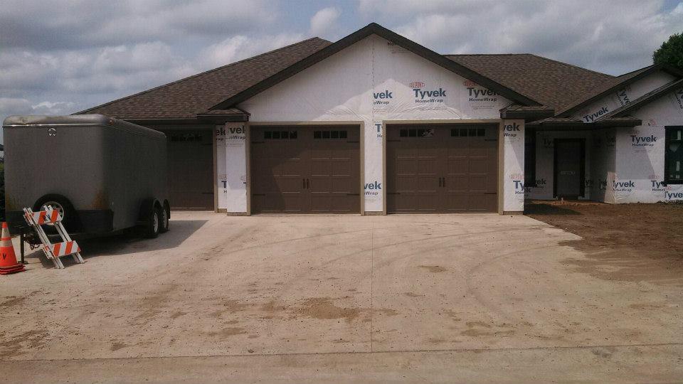 Residential Garage Door Services Lyle, Garage Door Service Rochester Mn